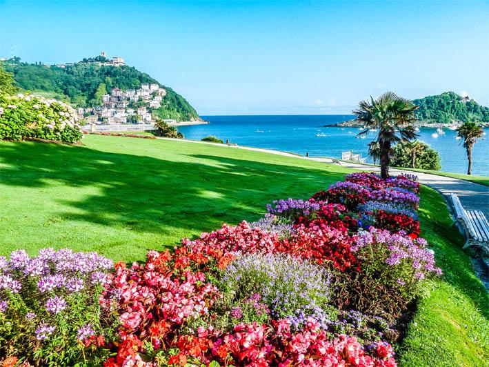 the best romantics places in san sebastian donostia eriu photo